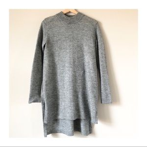 H&M Sweaters - LIKE NEW | H&M Gray Turtleneck Sweater